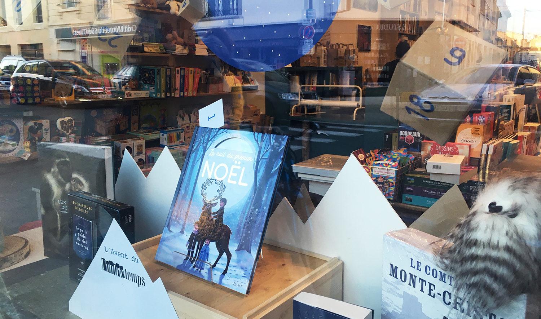 vitrine noel librairie